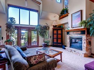 Marina Park 2A Luxury Townhome Shared HT Downtown Frisco Colorado Vacation