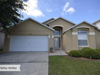 Villa Toscana, Amazing 4 Bedroom Condo with a Private Pool, Kissimmee