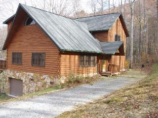 A Creekside Lodge - Boone vacation rentals