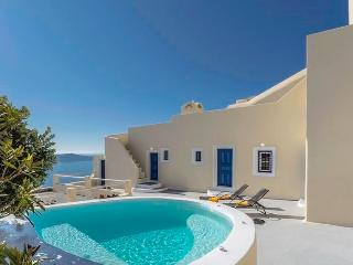 Astraea House - Centrally located villa in Fira, Firostefani