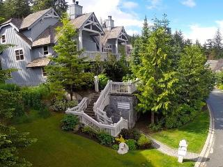Casual Luxury 3 bed slope side Whistler townhouse.
