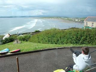 Surfers Paradise, Rossnowlagh