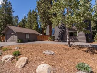 Great Escape Dollar Point Rental Home - Hot Tub, Tahoe City