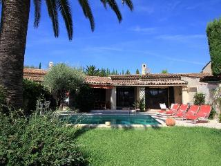 6090 Villa with private pool in golf resort, Mandelieu-la-Napoule