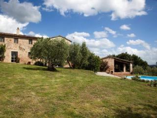 Charming cottage for 6-10 px, San Giovanni d'Asso