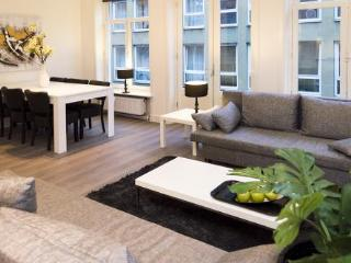 Prince Canal apartment, Amsterdam
