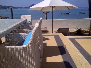Beach front private villa with direct beach access, Patong