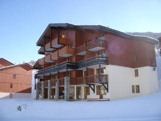 Arpalles, 3 bed Luxury Apt sleeps 6, Les Coches