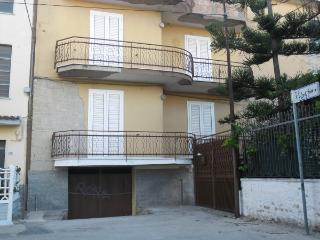 FLAT FOR RENT IN AUGUST, Montecorice