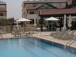 Highly recommended 2-bed apartment, Tersefanou