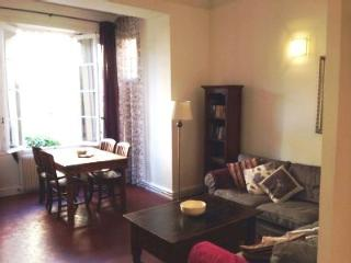 ANTIBES OLD TOWN 2 BEDROOM, Antibes
