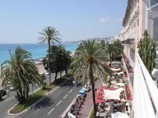 Luxurious 2 Bedroom Apartment Royal, 25 Promenade, Nice