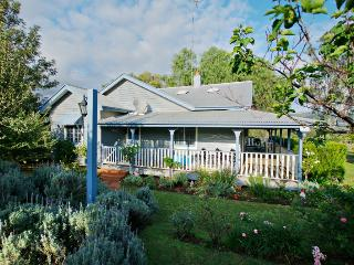 Monkey Place Farm Cottage, Hunter Valley - Broke vacation rentals