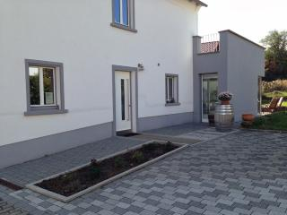 Vacation Apartment in Deidesheim - 883 sqft, new, comfortable, modern (# 5196) - Rhineland-Palatinate vacation rentals