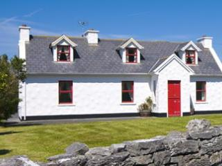Traditional Cottage on the Wild Atlantic Way, Fanore