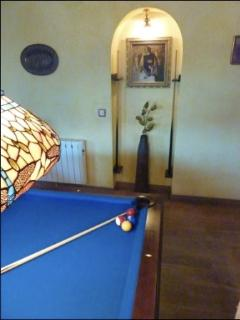 IN ROOM POOL TABLE