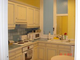 Well equipped provencal kitchen