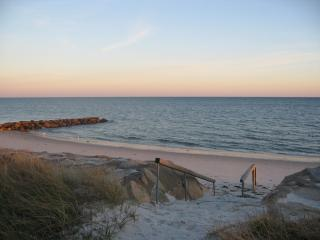 Impeccable Home 30 Steps to your Private Beach, South Yarmouth