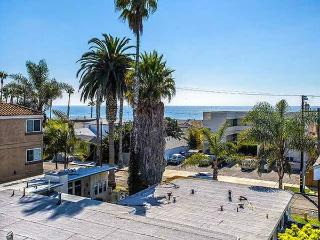 2 Bedroom Ocean View Condo, Oceanside