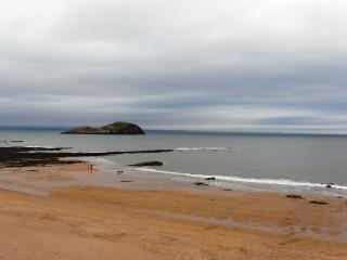 Spacious Seafront Villa, North Berwick