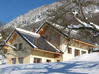 CHALET OF BIG COMFORT 2 to 12, Chambery
