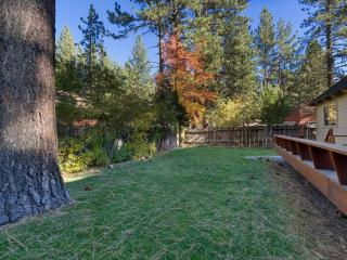 3 Bedroom Tahoe Home with Pool Table and PS2 ~ RA719, South Lake Tahoe