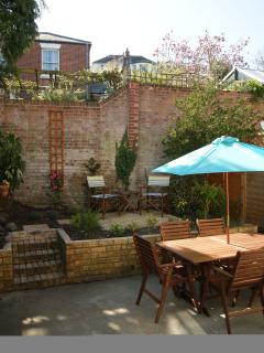 Quay Road Courtyard to catch the sun and relax.