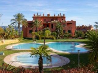 Los Altos - A quality property by ResortSelector, Benidorm