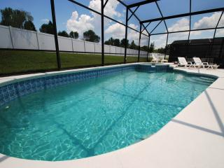 A stunning pool home in Kissimmee, Disney Paradi