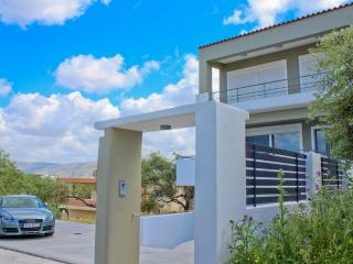 Luxury Villa, 5min from Beach, Chania