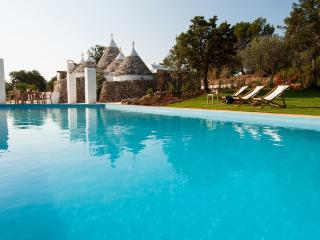Unique Trulli Complex w/ Pool, Ceglie Messapica