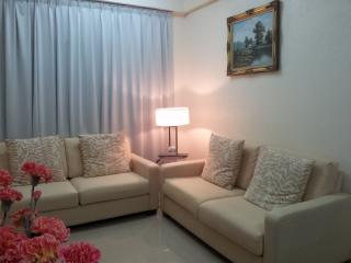 piZZazz Holiday Apartment, Kuah
