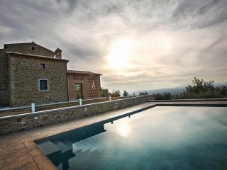 Luxury Villa in Cortona 8