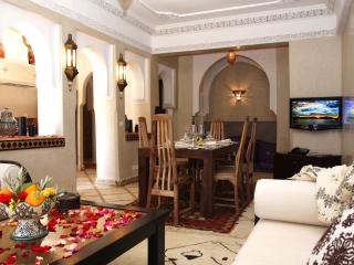 2 Bedrooms,Pool access, Wifi !, Marrakech