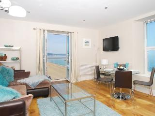 11 At the Beach - 431, Torcross