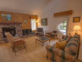 Woodminister Condo Minutes from Beach ~ RA794, Incline Village