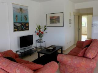 Spacious 2 bed apartment Lapta