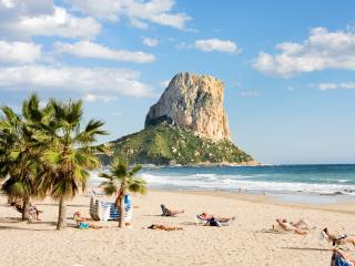 Beach holiday flat apartment with 3 pools in Calpe