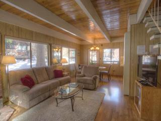 Great Tahoe Cabin in Charming Forest Setting ~ RA805, Incline Village
