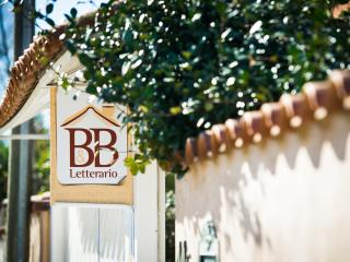 Bed and breakfast letterario, Fiumicino