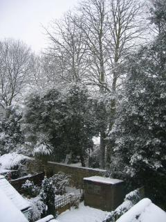 wintery view from upstairs into Worcester College