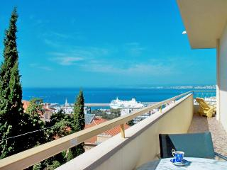 Le Panoramic, Nice - great view, balcony, garage, Niza