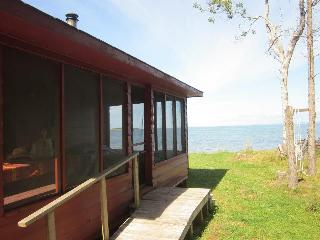 IslandView Cottage, Bayfield