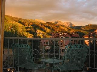 Westermere 310 - 4Br / 3 Ba - Sleeps 10 - Located in the core of Mountain Village - Easy Ski Access