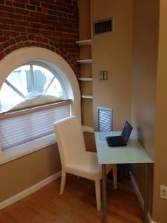 Home office corner - high speed internet access wireless/wired included