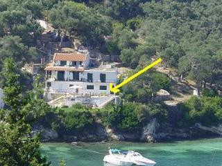 white house, Lakka
