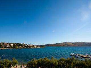 BEACHFRONT  ONE BEDROOM APARTMENT, Trogir