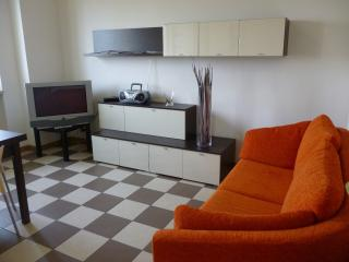 Bright & modern top floor (BG), Bergamo
