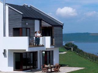 Carleton Village Deluxe, Youghal