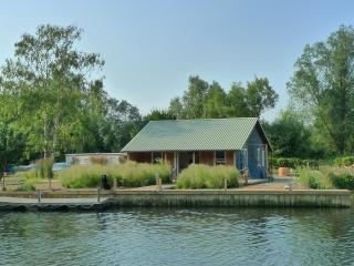 Kingfisher Chalet, Thorpe St Andrew